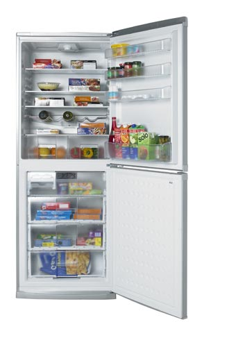 CDA751FS Silver Fridge Freezer From Beko